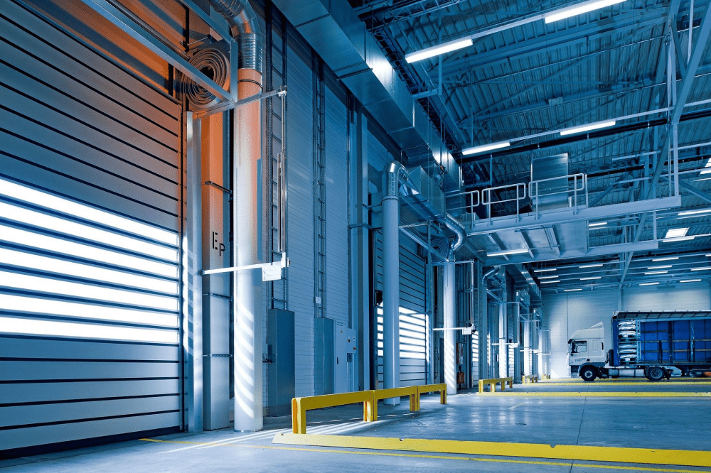 industrial-hall-1630742_1920